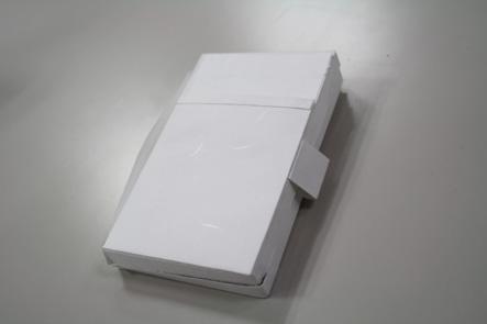 デジハリ大学06 USBケースサンプル表面