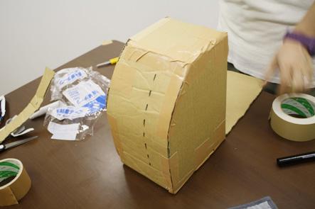 とれるカメラバッグ4回 ダンボールで作ったケース