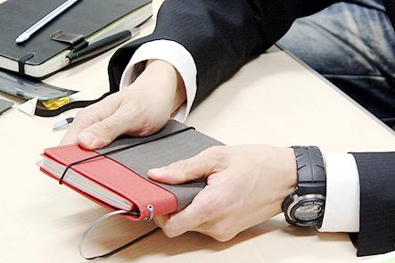 超整理手帳4回 ポケットに収まるA6手帳カバー