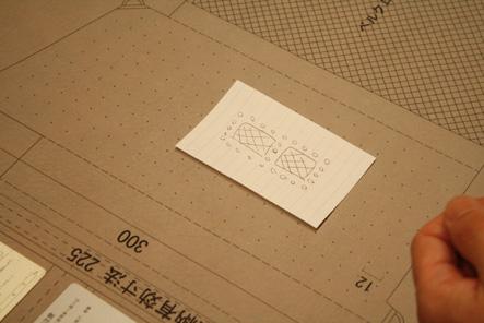手帳カバー0418 穴とゴムのアイデア7