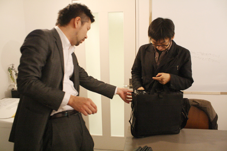 ノートパソコン用のバッグ4