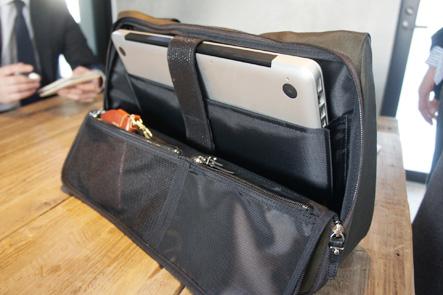 MacBook Pro15をバッグに入れてみる。