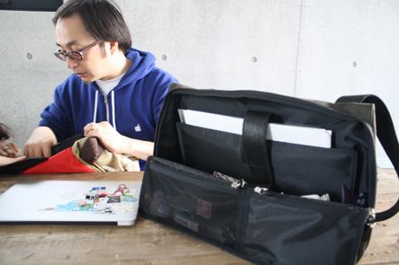 MacBook Pro15のバッグのポケットを検討