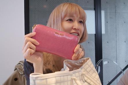 miumiuの長財布1