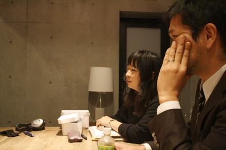 だいたひかるさんの話を聞く南さんと吉野さん