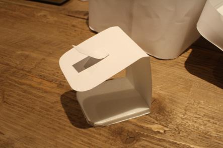 ペンケースに充電器を入れるアイデア1