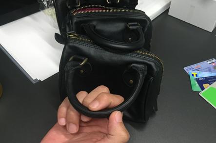 お財布ポシェットのハンドル部分は変更