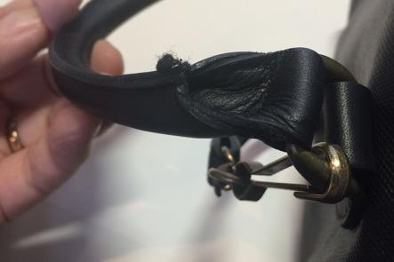 お財布ポシェットのハンドル部分の縫製