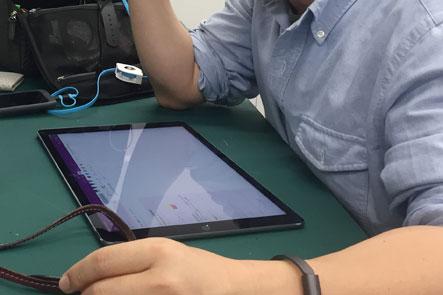iPad Proが入るひらくPCバッグnano