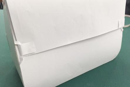 ひらくPCバッグnanoの紙サンプルのバージョンアップ、背面とめ方