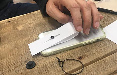 紙で作ったホールドリング